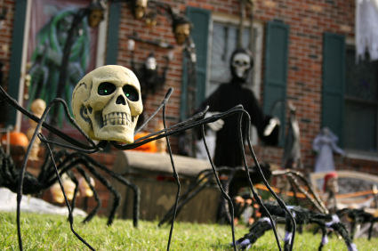 Garden Decorations on Celebrate Halloween With Outdoor Decorations