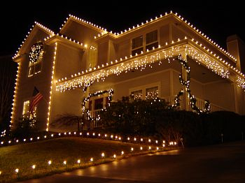 Christmas Outdoor Lighting Ideas | Interior Decorating