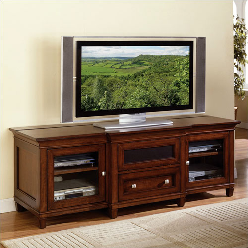 Oak Corner TV Cabinets are Great Space Savers