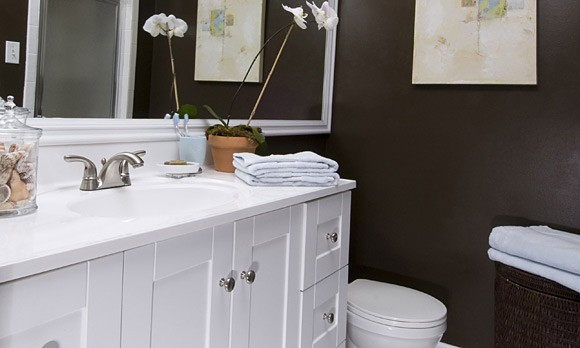 Bathroom makeovers on a budget 2 for Bathroom makeovers