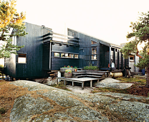 Cottage vacation house in norway by german architect for Modern house design norway
