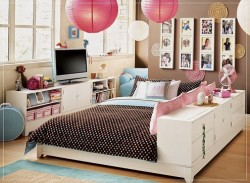 Designing a bedroom for teenage girls requires patience and perceptiveness