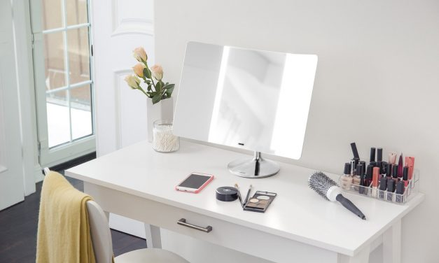 7 Best Lighted Makeup Mirrors for Flawless Illumination