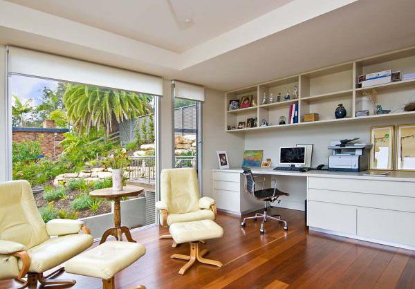 Peaceful bay home in australia shoreline for Australian living room ideas