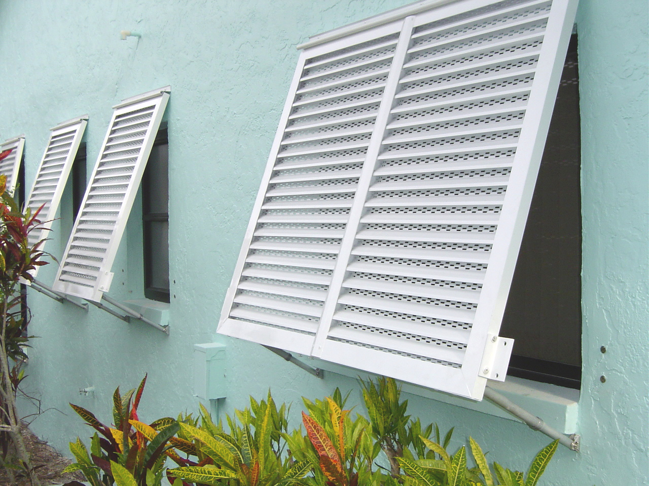 Why Consider Installing Bahama Shutters
