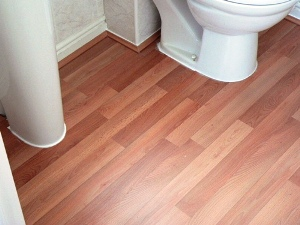 how to lay laminate flooring in bathroom bathroom laminate flooring is it a choice for you 26137