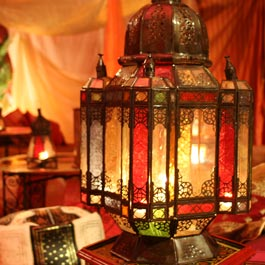 The distinctive moroccan lanterns for outdoor lighting for Arabian night bedroom ideas