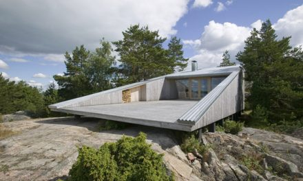 Cool Wedge Shaped Finnish Lake House